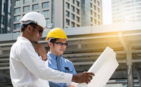 企业办理安全生产许可证延期应提前几个月申请延期?