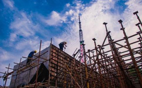 上海建筑公司资质代办成功后,应该如何维护和使用?4点注意事项