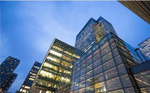 企业办理三级建筑资质,养一年维护费多少钱?有哪些费用?