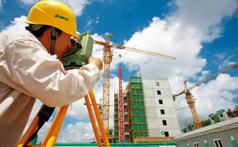 建筑企业提交资质延续材料后多久可以领证?注意事项有哪些?