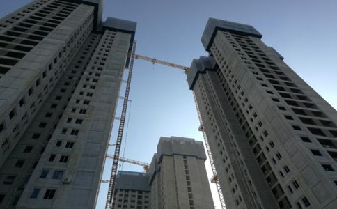 建筑施工企业办理资质延期有哪些注意事项?提前多久申报延续?